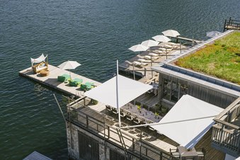 Our Seehotel Das Traunsee offers direct access to the lake
