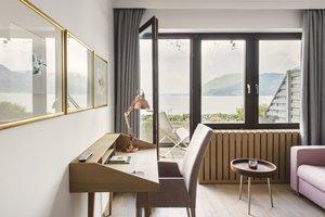 Minisuite mit Balkon und Seeblick