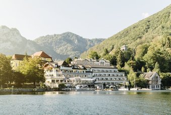 Seehotel Das Traunsee with exclusive direct lake access