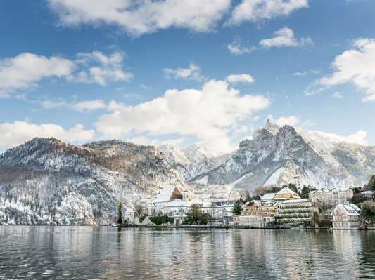 Winter landscape on the Traunsee