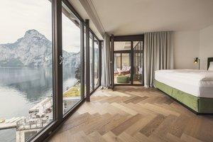 Ausblick aus dem zweiten Schlafzimmer auf Traunstein