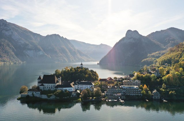 Experience the Salzkammergut from its most beautiful side